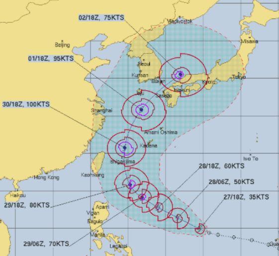 台風18号予想進路図米軍