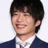 田中圭は嫁のさくらとデキ婚?歌はうまい?写真集の評判は?