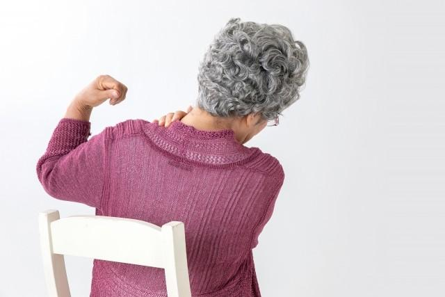 腰痛の原因:老化